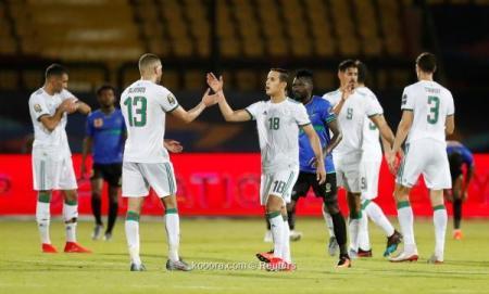 منتخب الجزائر والعلامة الكاملة