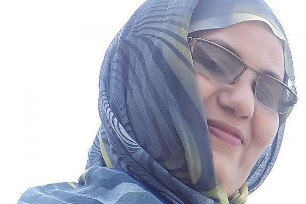 الإعلامية الموريتانية مريم عباس