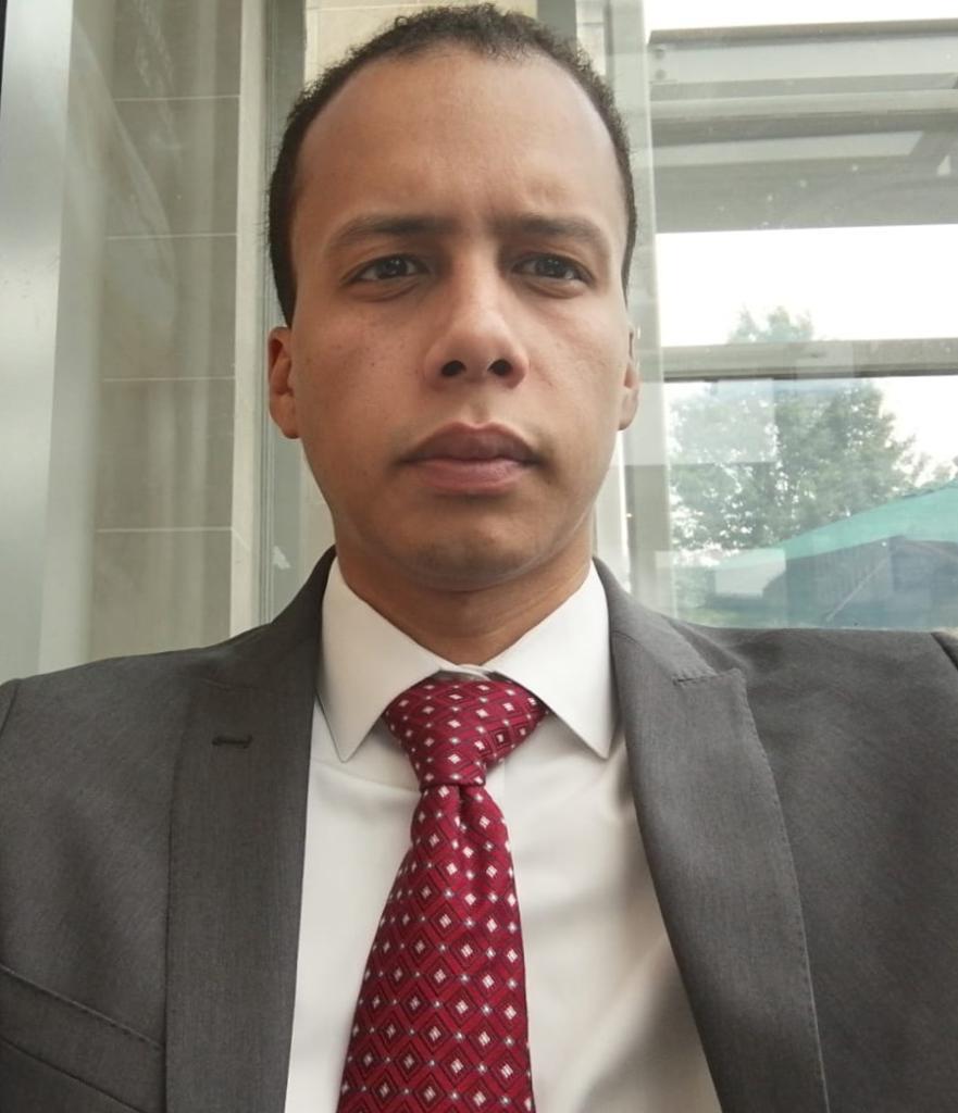 الدكتور اسلم ولد بيه، أستاذ مبرز في الاقتصاد، جامعة باريس الأولى- سوربون