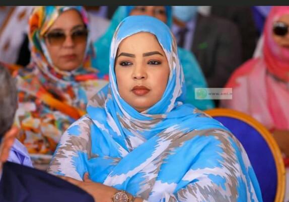 زينب بنت  الشيخ أحمد