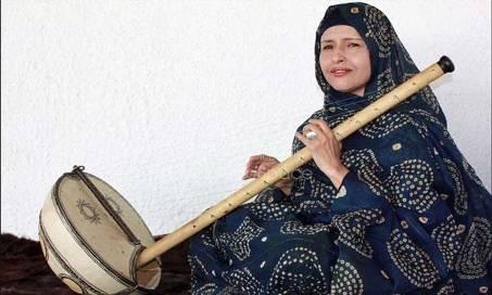 الفنانة الموريتانية البارزة، المعلومة بنت الميداح