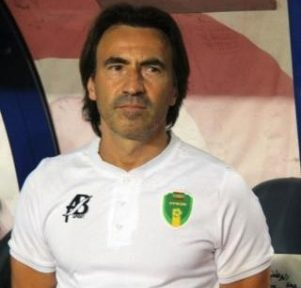 مدرب المنتخب الموريتاني المرابطون الفرنسي كورنتين مارتينز