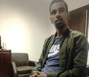 الطالب الموريتاني أحمد ولد محمد المامي في قسم الشرطة - (الصحراء)