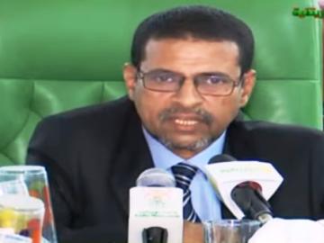 وزير الصحة الدكتور نذيرو ولد حامد خلال حديثه بعيد الاجتماع (تصوير قناة الموريتانية)