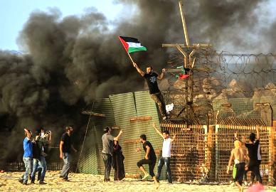 أعلنت هيئة مسيرات العودة وكسر الحصار دعمها لموقف الأسرى في سجون الاحتلال